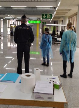 Control de las Fuerzas y Cuerpos de Seguridad del Estado en el aeropuerto de Palma.