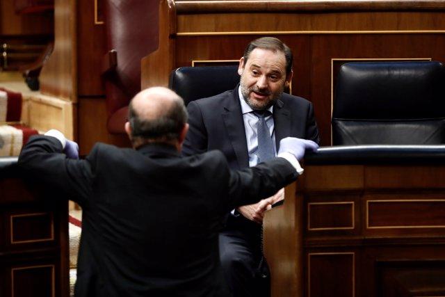 EL ministro de Transportes, Movilidad y Agenda Urbana, José Luis Ábalos, en el Congreso de los Diputados. En Madrid (España), a 25 de marzo de 2020.