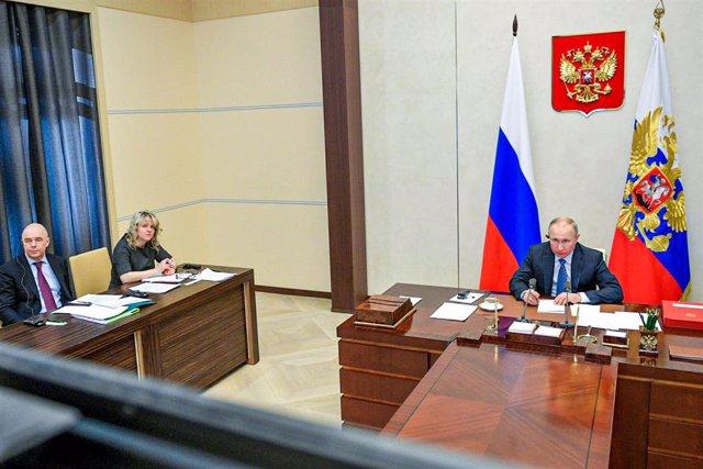 Vladimir Putin participa en la reunión virtual de líderes del G20