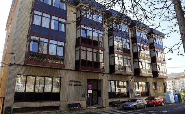 Residencia de ancianos San Carlos de Celanova en Ourense -foco principal de contagios del Covid-19 hasta ahora en la provincia gallega- que está siendo desinfectada for efectivos de la Unidad Militar de Emergencias (UME) en Celanova (Ourense)