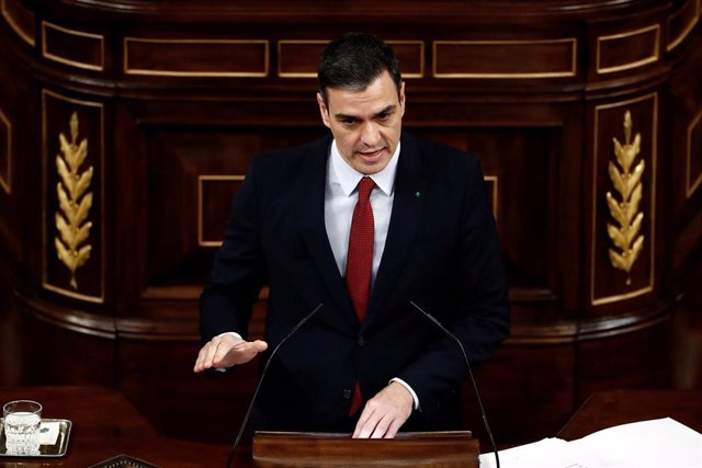 El presidente del Gobierno, Pedro Sánchez, durante su intervención en el pleno del Congreso que se celebra hoy miércoles en Madrid. Además de la convalidación de los decretos económicos para paliar las consecuencias sociales de la pandemia del coronavir