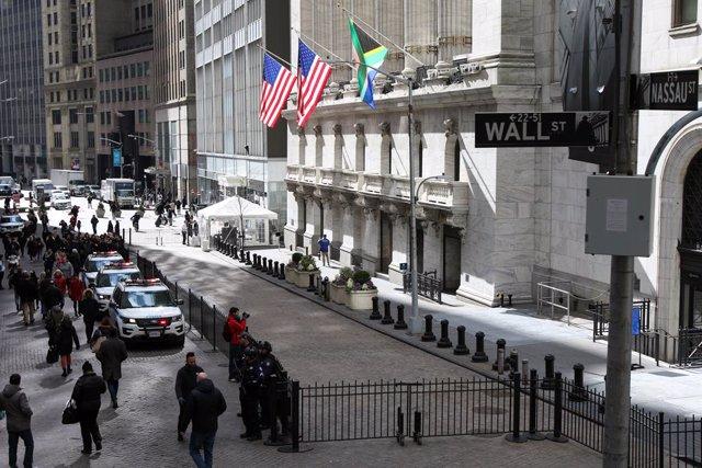 EEUU.- La SEC suspende la cotización de la china Zoom por compartir nombre con u