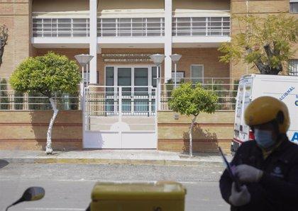 La residencia de Arahal (Sevilla) alcanza los seis mayores con coronavirus tras tres nuevos contagios