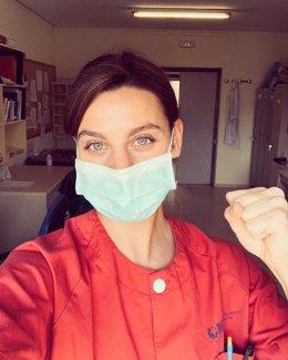La actriz Clara Alvarado, en un selfie durante su labor en el hospital