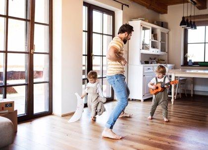 Por edades: cómo actuar con los hijos durante el confinamiento