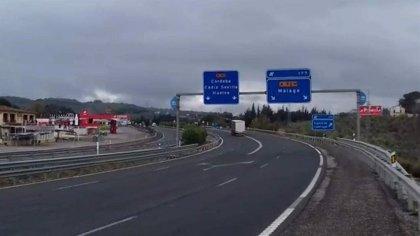El tráfico se redujo ayer un 67% en las ciudades y un 76,76% en las fronteras