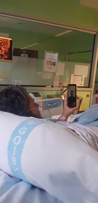 Son Llàtzer pone en marcha el proyecto 'Unidos' para comunicar a los pacientes aislados con sus familiares