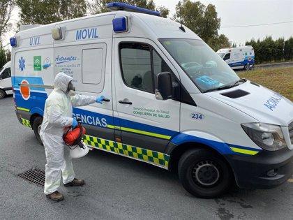 Consorcio de Transporte Sanitario de Huelva suma 17 ambulancias de refuerzo y cede nueve respiradores al SAS