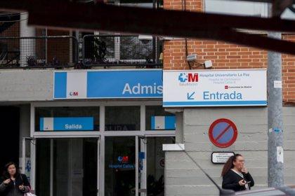 """CCOO alerta de que las plantillas de limpieza están """"bajo mínimos"""" en hospitales por contagios"""