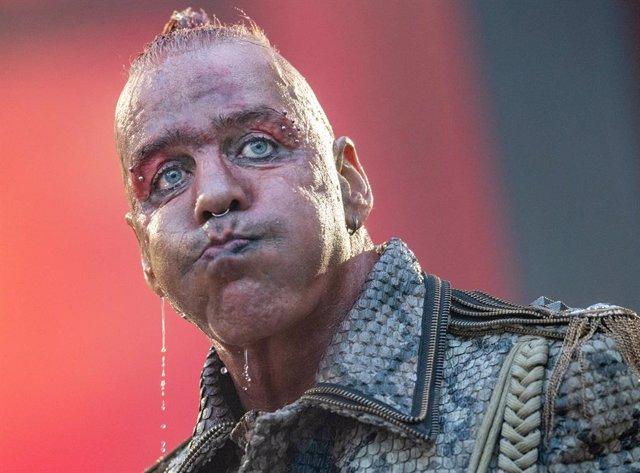 13 July 2019, Hessen, Frankfurt/Main: German singer Till Lindemann of the German rock band Rammstein