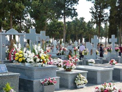 C-LM suspende velatorios y restringe comitivas fúnebres a ocho personas