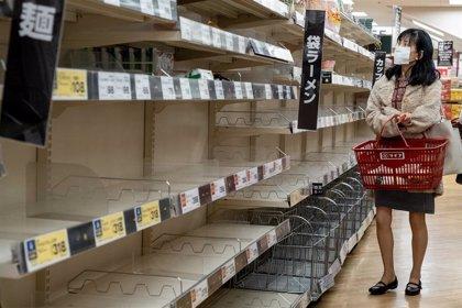 Japón se prepara para un sábado crucial en la contención del coronavirus