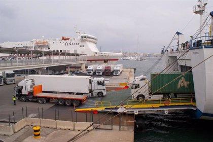 Los niveles de SO2 en el puerto de Palma bajan un 42% por las restricciones al tráfico marítimo