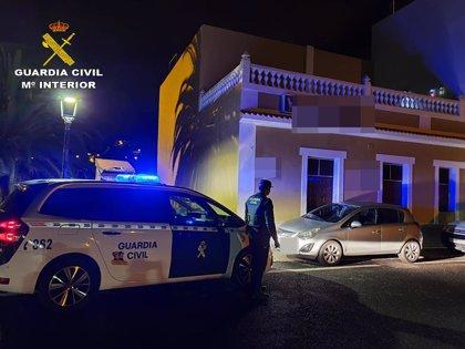 La Guardia Civil localiza un bar que burlaba el estado de alarma en Valsequillo (Gran Canaria)