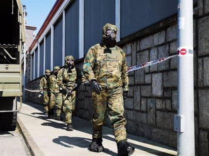 La Brigada Extremadura XI despliega 137 militares en la región y desinfecta una residencia en Don Benito