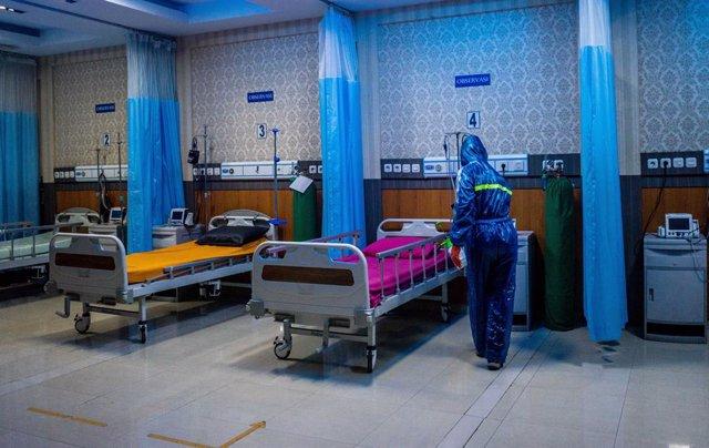 Coronavirus.- Indonesia se prepara para confinar la capital entera para contener