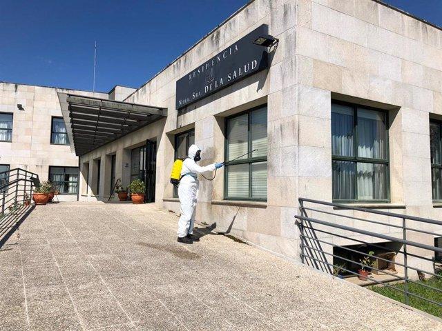 Labores de desinfección en un centro de Galicia
