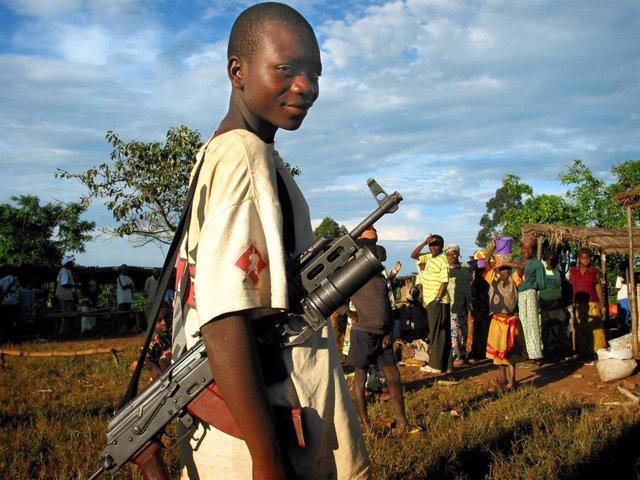 Miliciano en República Democrática del Congo