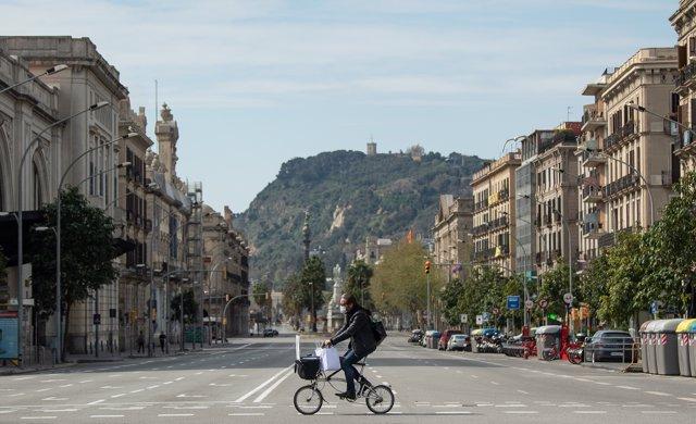 La ciudad de Barcelona, vacía por el confinamiento