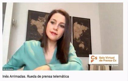 """Arrimadas pide a Sánchez una cumbre telemática con los partidos para """"afinar"""" las medidas contra el coronavirus"""