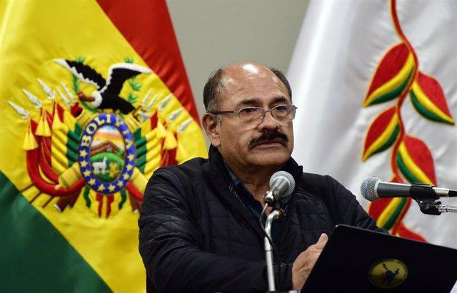 El ministro de Salud de Bolivia, Aníbal Cruz