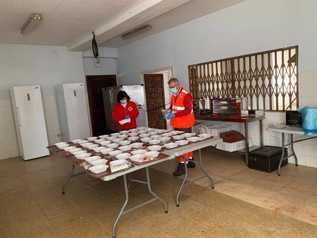 Atención a las personas sin hogar en el Colegio Mayor Séneca de Córdoba.