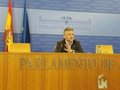 """PSOE-A pide a Moreno que """"no siembre dudas sobre los fondos y material"""" enviado a Andalucía por el Gobierno"""