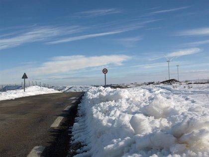 Cierra Lunada por nieve y precaución en A-67 y N-611 en Reinosa y en varias autonómicas
