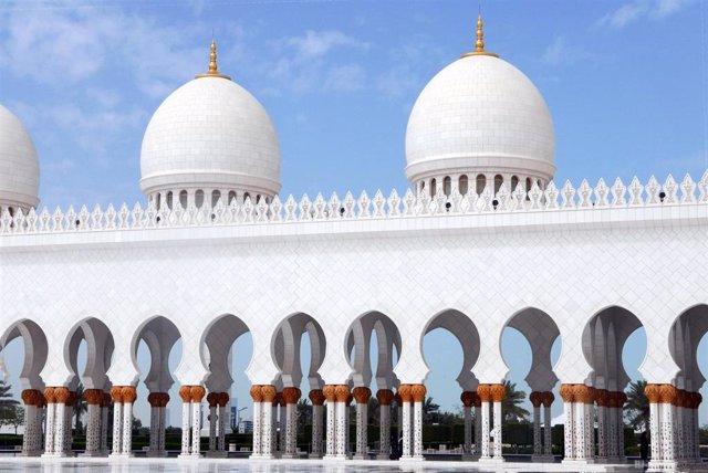 Una mezquita en Abu Dabi.