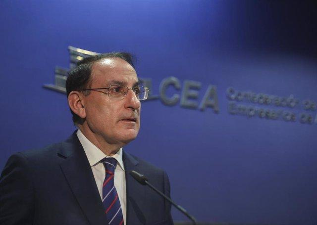 El presidente de la Confederación de Empresarios de Andalucía (CEA), Javier González de Lara, abre el foro empresarial 'Generando valor para transformar Andalucía'. En Sevilla (Andalucía, España), a 12 de marzo de 2020.