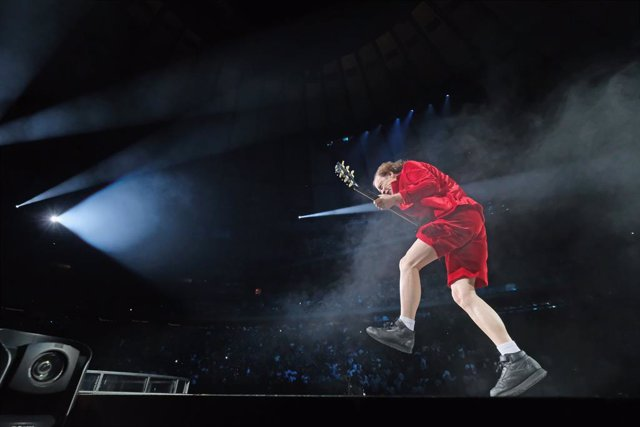 AC/DC Rock Or Bust Tour - New York, NY    NEW YORK, NY - SEPTEMBER 14:  Guitar player Angus Young of AC/DC performs during the AC/DC Rock Or Bust Tour at Madison Square Garden on September 14, 2016 in New York City.  (Photo by Mike Coppola/Getty Images)