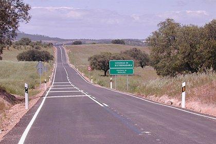 La Diputación de Badajoz mantiene 13 contratos relativos a carreteras y suspende 11 obras ante el estado de alarma