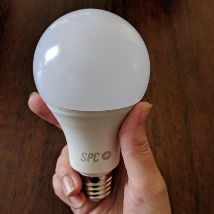 """Fabricantes de productos de iluminación reclaman el reconocimiento del Gobierno como actividad """"esencial"""""""