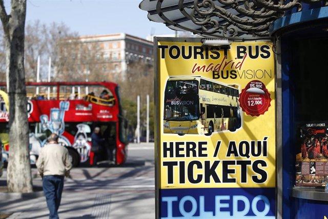Imagen de recurso de un bus turístico en Madrid