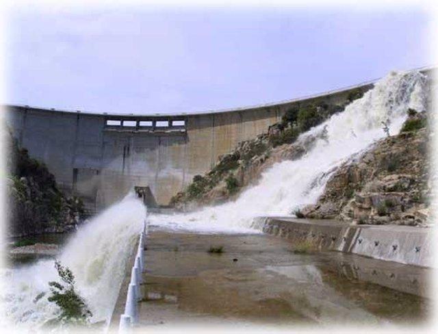 Arranca la campaña de riego con garantías en casi toda la cuenca del Duero y pen