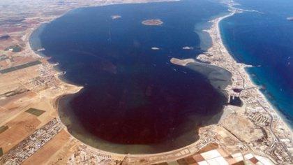 El MITECO recomienda a Murcia limitar los fertilizantes a 170kg/n/ha año en el Mar Menor y limitar a una las cosechas