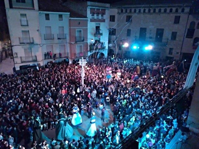 Imagen De Archivo De La Fiesta Mayor De Tàrrega