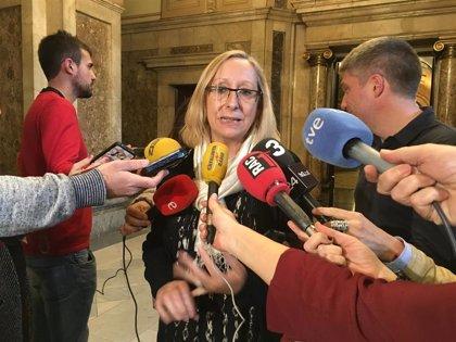 PSC pide a Vergés explicar la interrupción de la instalación un hospital temporal en Sabadell