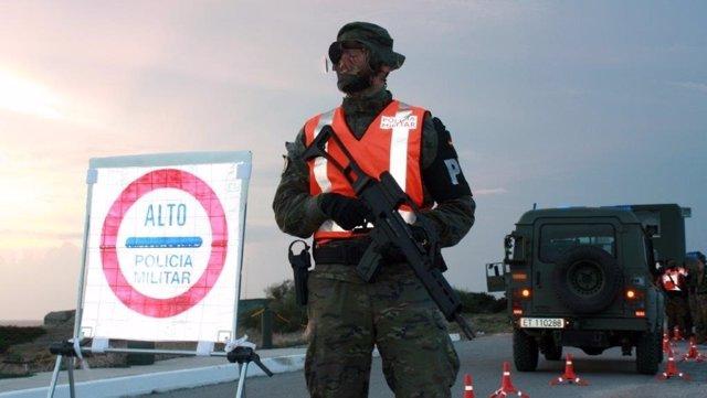 Efectivos militares en Ceuta ante el coronavirus, en una imagen de archivo