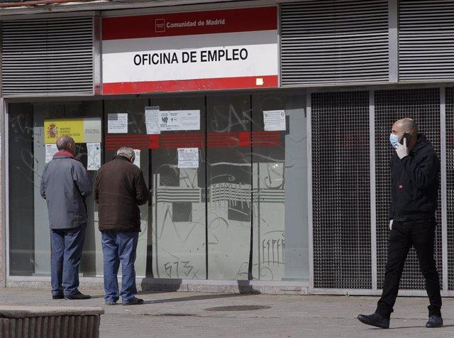 Oficina de empleo durante el primer día del estado de alarma