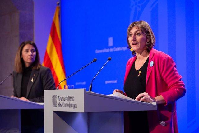 La consellera de Salud, Alba Vergs, y la consellera de Presidencia y portavoz del Govern, Meritxell Budó (Archivo)