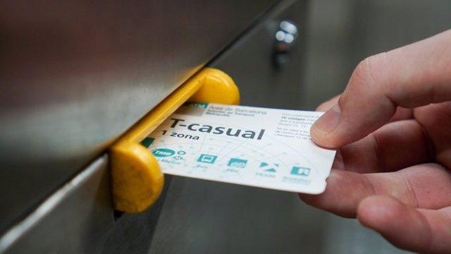 Validación de un billete de Metro