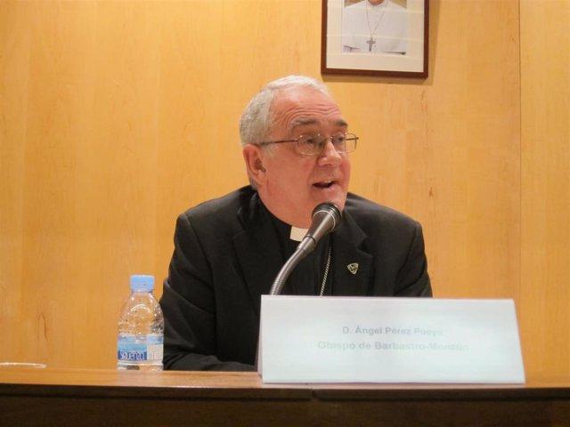 Obispo de la Diócesis de Barbastro-Monzón, Ángel Pérez Pueyo.