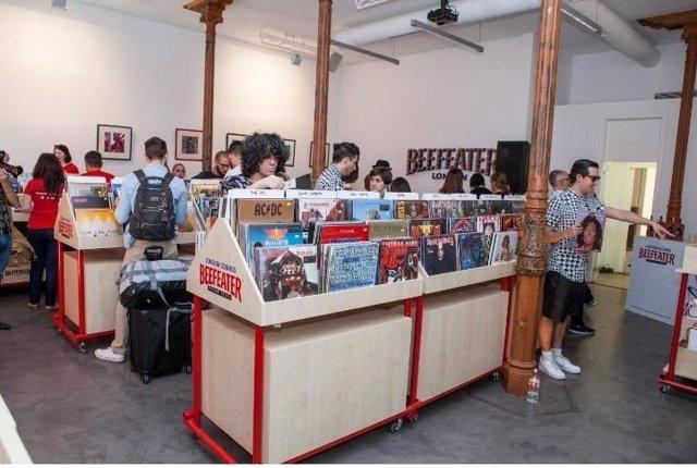 El mítico establecimiento de discos londinense 'Sister Ray' abre sus puertas una semana en Madrid