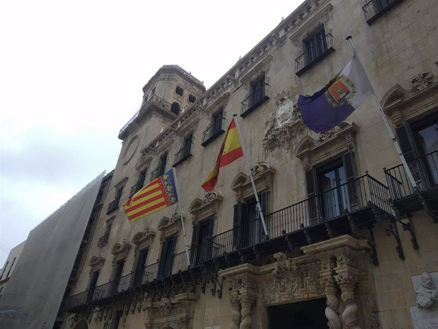 Edificio consistorial de Alicante.