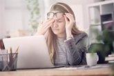 Foto: Aplica la regla 20/20/20 contra la fatiga ocular por el abuso de dispositivos