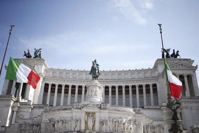 Coronavirus.- Italia suma casi 3.000 casos más y más de 700 muertos en las últim