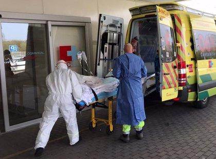 Casi la mitad de los ingresados en los hospitales de Cantabria tiene coronavirus