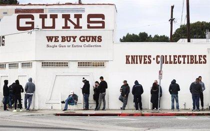 La compra de armas bate récords en marzo en Estados Unidos por la crisis del coronavirus