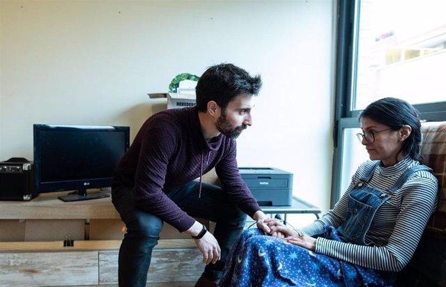 Jorge, actor, y Fernanda, profesora preocupados